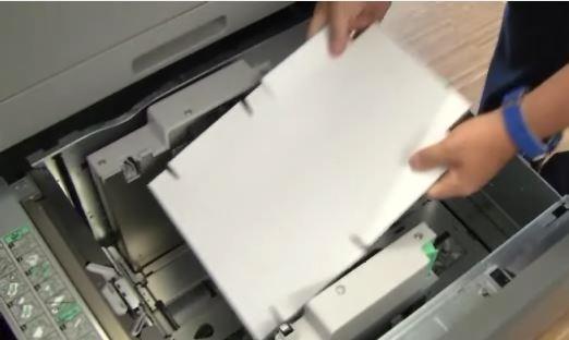 Einzelblatt-Laserdrucker erhalten sie als Desktop-, als Abteilungs- und als Produktionsdrucker