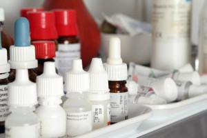 Medikamente und Arztneimittel - Kennzeichnen im Bereich Apotheke und Pharma