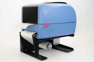IDENTjet D4 mit Spendefunktion und passendem Rewinder für den leeren Etikettenträger