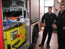 Maschinenaufkleber drucken bei der Feuerwehr.