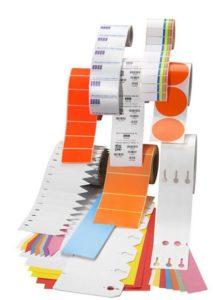 Zum Druck der Maschinenschilder als Aufkleber sind diese Etikettenmaterialien geeignet