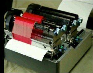 Thermotransferdrucker, die 2-farbig drucken, enthalten 2 Druckwerke