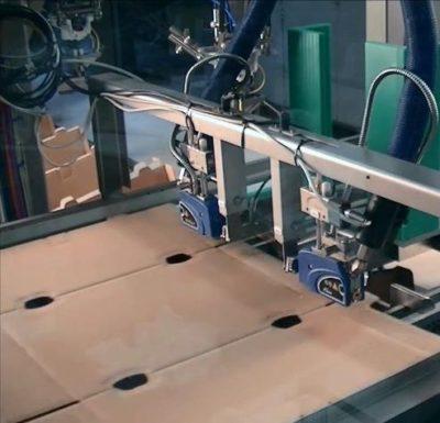 Verpackungsdruck - Vom Drucker in den Aufrichter