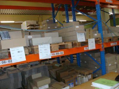 Verpackungsdruck in der Produktion - statt Lagerung vieler Sorten nur weiße Zuschnitte v